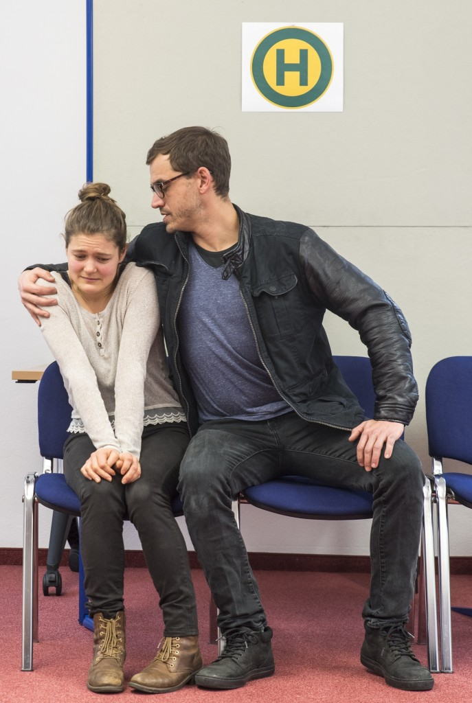 Theaterszene zum Thema sexuelle Gewalt